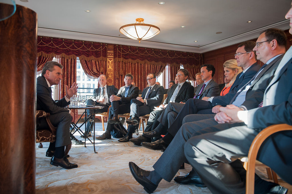 Energy Academy trifft EU-Kommissar Oettinger